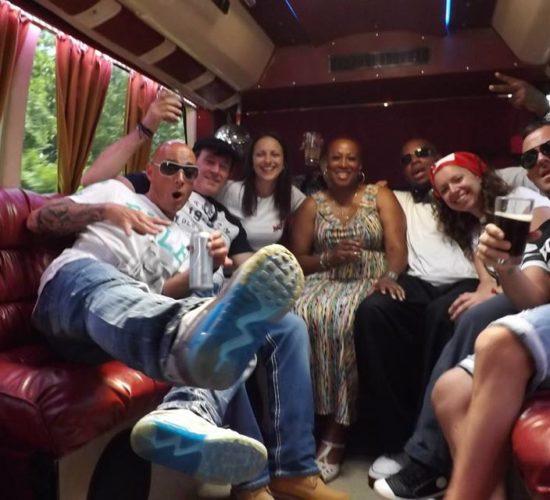 Световни звезди в PartyBus